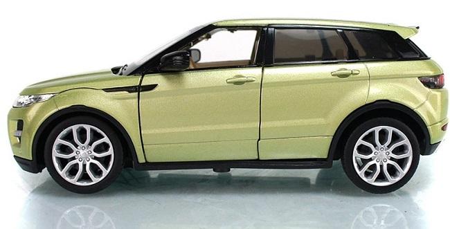 โมเดลรถเหล็ก โมเดลรถยนต์ Land Rover Evoque 4 doors เขียวอ่อน 3