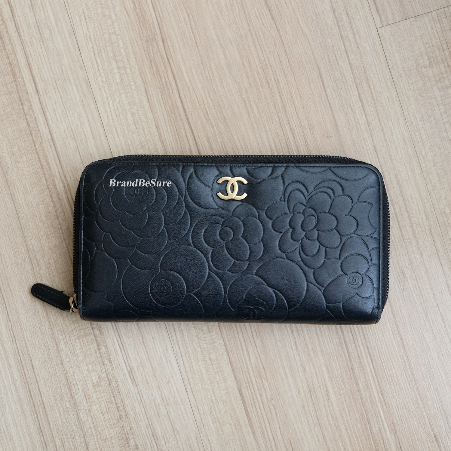 057761ea Chanel Black Camellia Lambskin Zip Around Wallet GHW