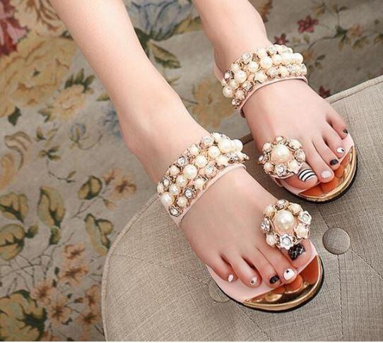 รองเท้าแฟชั่น ผู้หญิง รองเท้าแตะ ส้นเตี้ย รองเท้าแตะ แต่งด้วย ไข่มุก สุดหรู รองเท้าแฟชั่น ไฮโซ ใส่สวย สีชมพู หวาน ๆ 493290_1