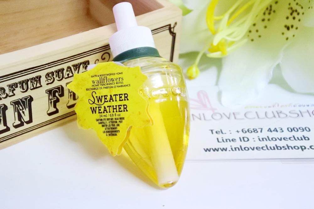 Bath & Body Works / Wallflowers Fragrance Refill 24 ml. (Sweater Weather)