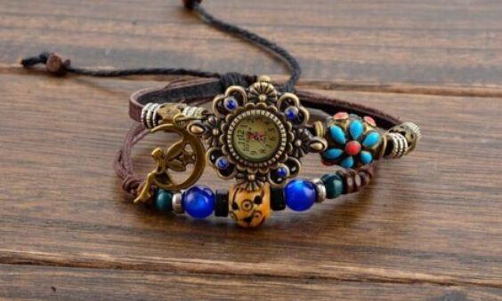 นาฬิกาข้อมือผู้หญิง นาฬิกาข้อมือ สไตล์วินเทจ Hand made ร้อย หินสี คริสตัล สี สายหนังถัก ห้อยจี้ รูป นางฟ้า นั่งบน พระจันทร์เสี้ยว 307506