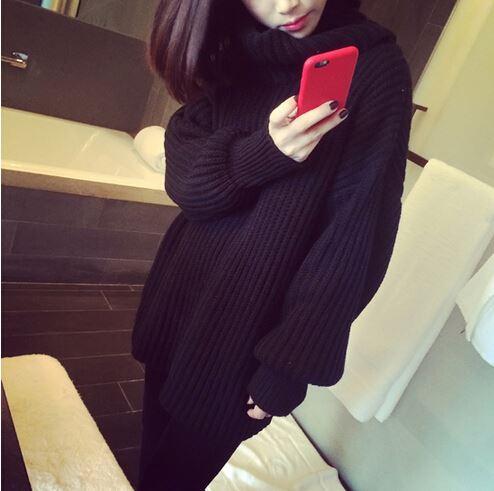 เสื้อไหมพรมคอเต่า ตัวโคล่ง สีดำ ยืดได้เยอะ ใส่เดี่ยวไหรือใส่โค้ทคลุมก็สวยจ้า