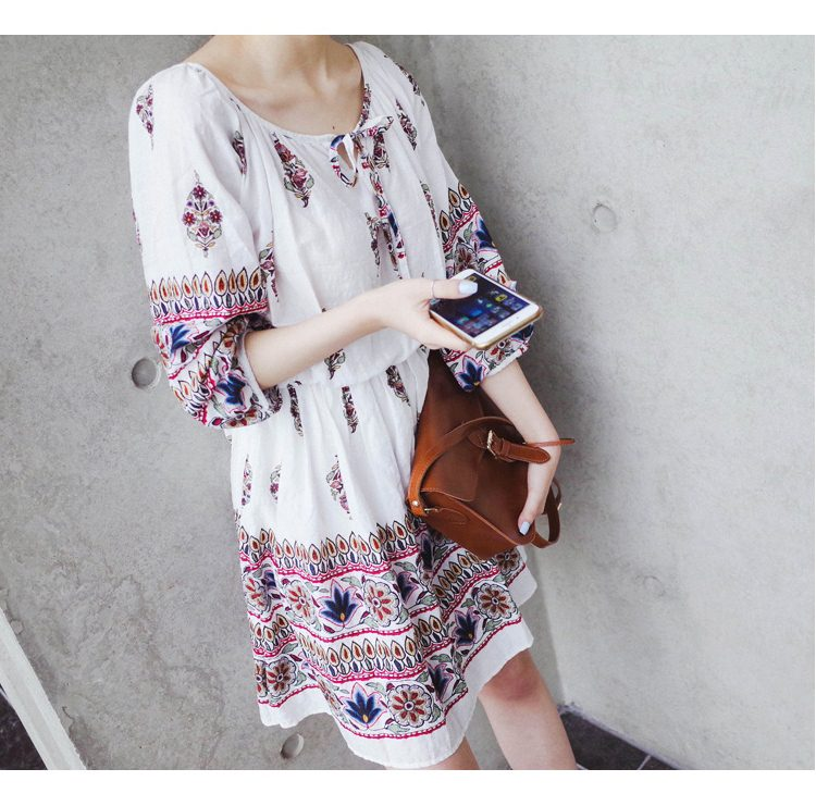 Dress4101 ชุดเดรสโบฮีเมียนสไตล์ แขนสี่ส่วน เอวสม็อค ผ้าลายเชิงเนื้อดีมีน้ำหนักทิ้งตัวสวย พื้นสีขาวครีม งานดีทรงดีสีสวย เนื้อผ้าใส่สบาย ทรงนี้ใส่ได้บ่อยเก๋ๆ ไม่ซ้ำใคร