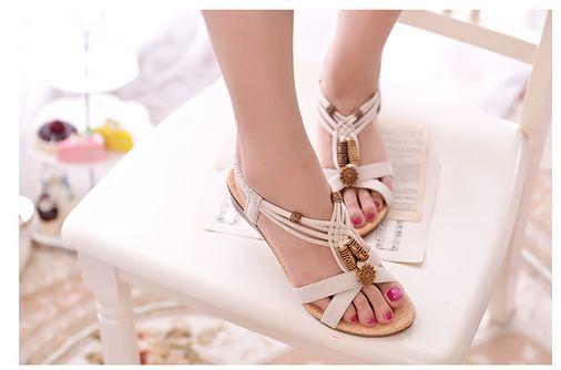 รองเท้าส้นแบน รองเท้าแฟชั่น ผู้หญิง ส้นแบน ด้านท้ายสูงเล็กน้อย สีขาว รองเท้าแบบเปิดหน้าเท้า มีสายรัดส้น สไตล์วินเทจ แต่ง ลูกปัด 843328_1