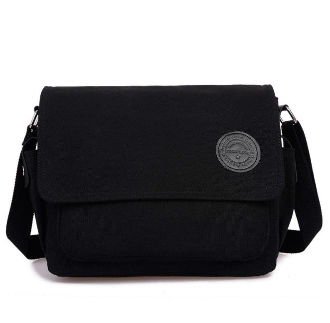 [ พร้อมส่ง ] - กระเป๋าแฟชั่น ผู้ชาย ผู้หญิงใช้ได้ สะพายข้าง สีดำ ใบกลางๆ ช่องใส่ของเยอะ Canvas+Nylon คุณภาพ ตัดเย็บอย่างดี