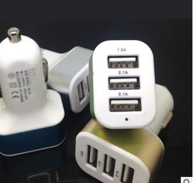 USB 3 ช่อง ชาร์ตแบต Smartphone & Tablet ในรถยนต์