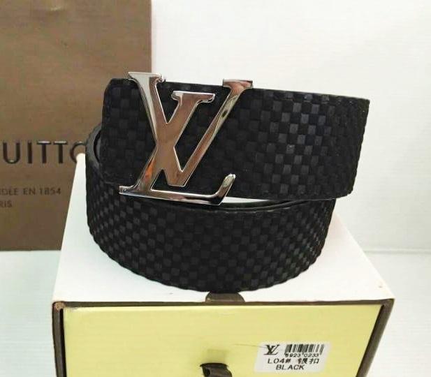เข็มขัด Louis Vuitton ท็อปมิลเลอร์ 1:1 สายดำกว้าง 1.5นิ้ว หัวสีเงิน