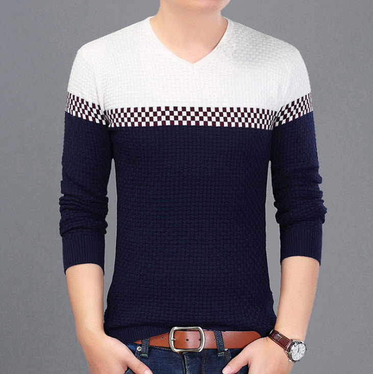 พร้อมส่ง เสื้อไหมพรมผู้ชาย สีน้ำเงินกรมท่า คอวี แต่งไหล่สีขาว เนื้อผ้าดี ยืดหยุ่นได้ตามตัว สเวตเตอร์ผู้ชาย ใส่กันหนาว