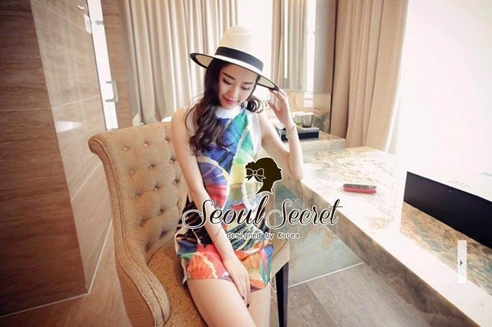 Cami ChillChill Graphic Mix Color Dress by Seoul Secret
