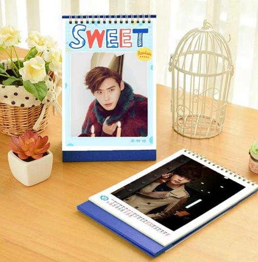 ปฎิทิน 2016 แบบตั้งโต๊ะ - Lee Jung Suk