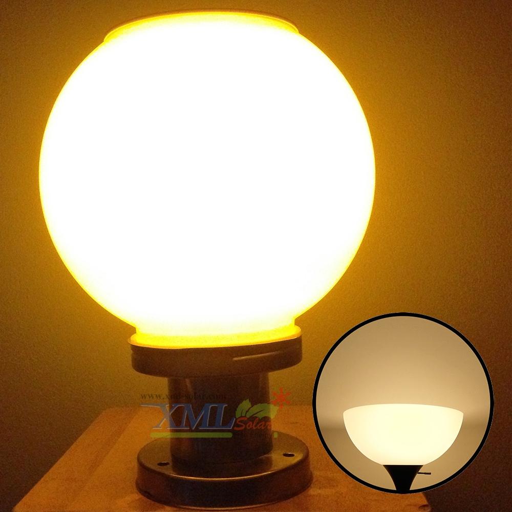 โคมไฟหัวเสาโซล่าเซลล์ ทรงกลม (25 ซม.) ฐาน สเเตนเลส (เเสง : เหลืองวอมไวท์)
