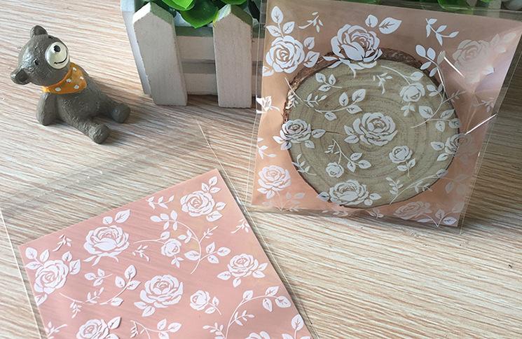 ถุงเบเกอรี่ ถุงขนมปัง แบบมีเทปกาว รูปดอกกุหลาบ 100 ใบ/ห่อ (10*10+3 cm.)