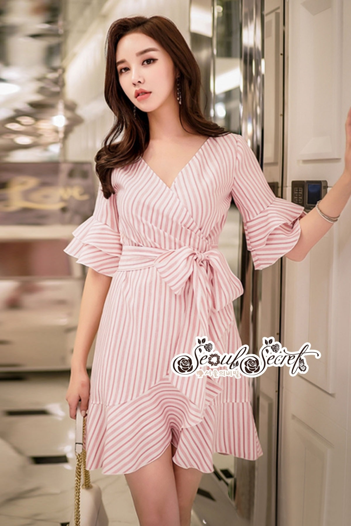 Pink Stripe Short-Sleeved Shirt Korea Style