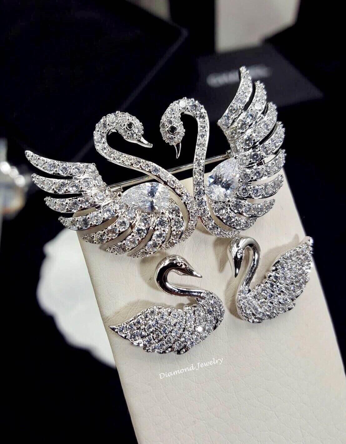 พร้อมส่ง Diamond Brooch & Earring เข็มกลัดเพชรและต่างหู