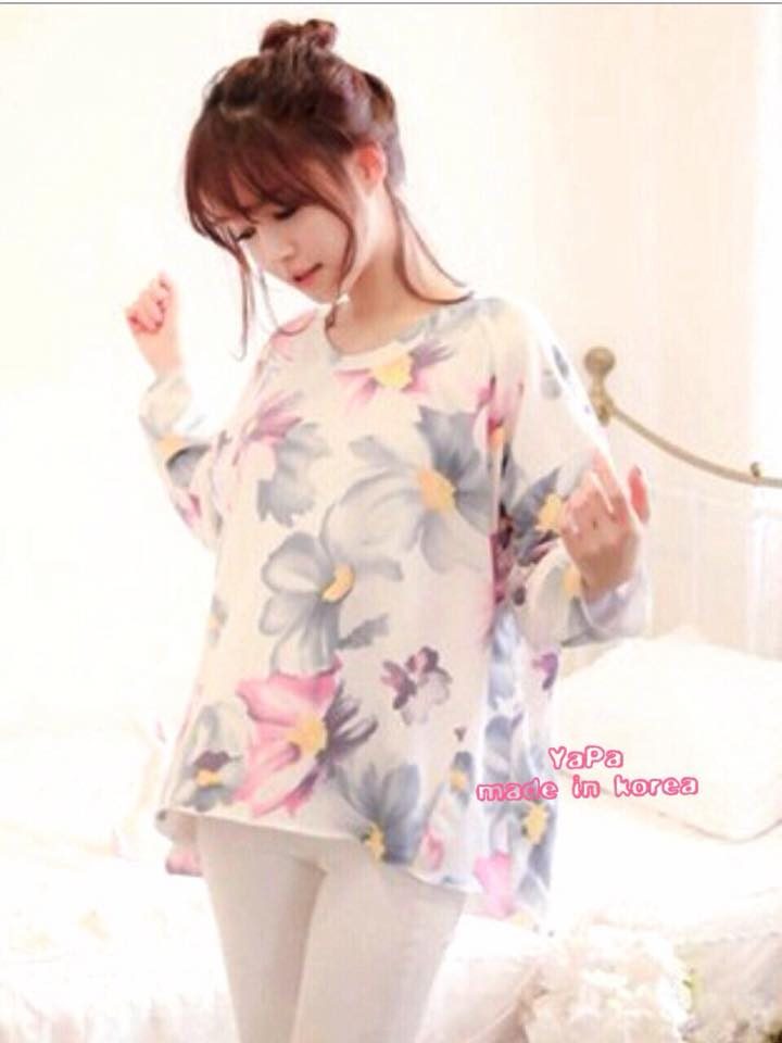 เสื้อผ้าเกาหลี พร้อมส่ง เสื้อปริ้นลายดอกไม้สไตล์ summer