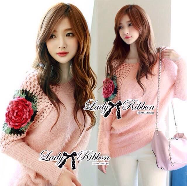 เสื้อผ้าเกาหลี พร้อมส่ง สเวตเตอร์แขนยาวผ้าขนสัตว์สังเคราะห์ตัดแต่งผ้าถักโครเชต์ปักลายดอกกุหลาบ
