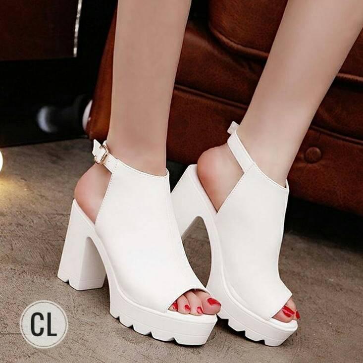 รองเท้าส้นสูง ส้นเกาหลี