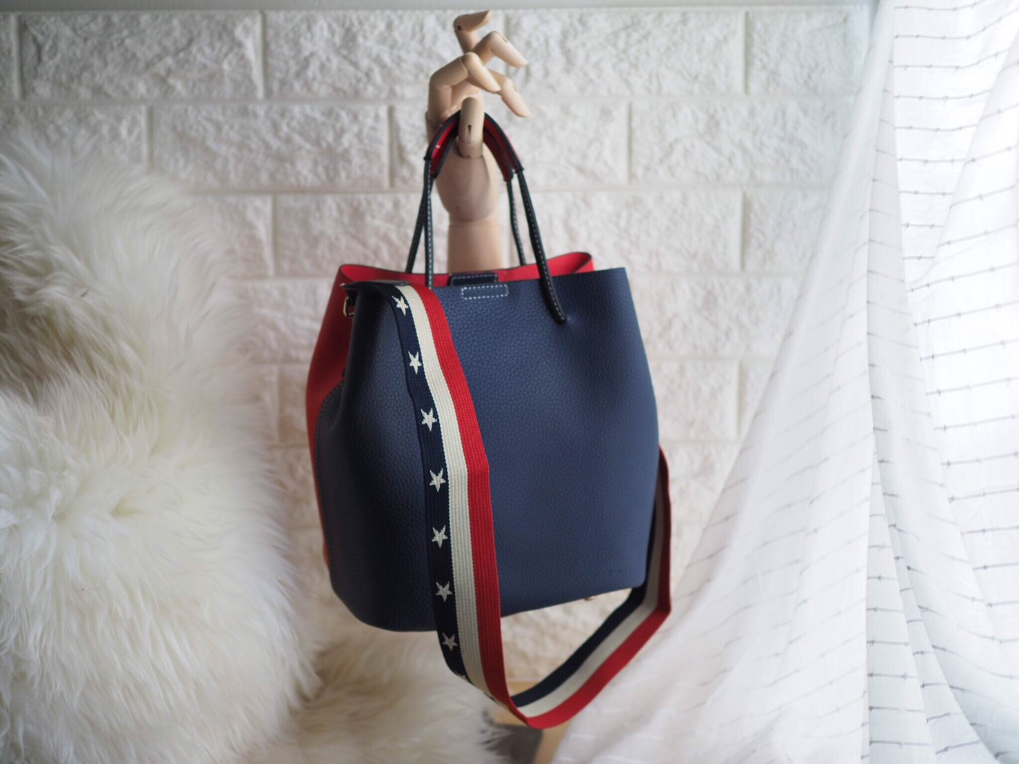 กระเป๋าแฟชั่นเกาหลี น่ารักๆ ที่มีแรงดึงดูดต่อใจ