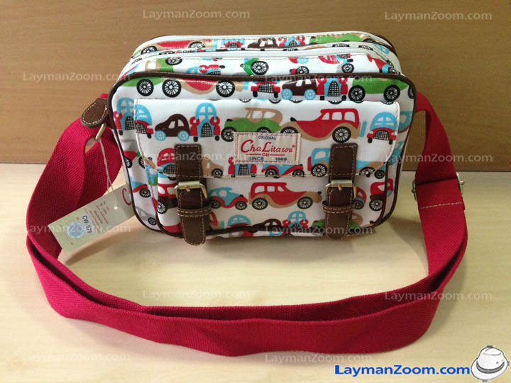 กระเป๋าสะพาย Chalita wu สีขาวแดง ลายรถ