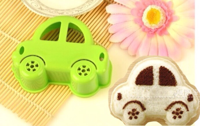 D.I.Y Car Sandwich Cutter พิมพ์กดขนมปัง รูปรถ มีช่องสำหรับโรยผงโกโก้