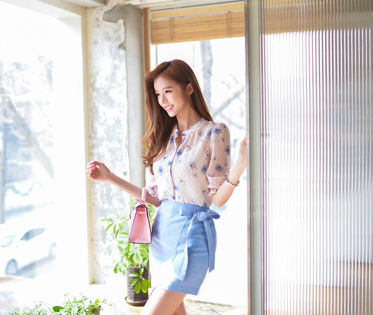 เสื้อเชิ้ตคอจีน ผ้าฉลุทั้งตัว พิมพ์ลายซากุระ แขนยาว 4 ส่วนจั้มระบาย ลายดอกม่วง