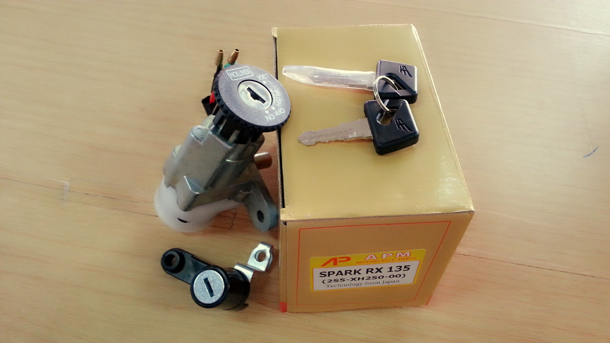 สวิทช์กุญแจ SPARK135 ชุดใหญ่