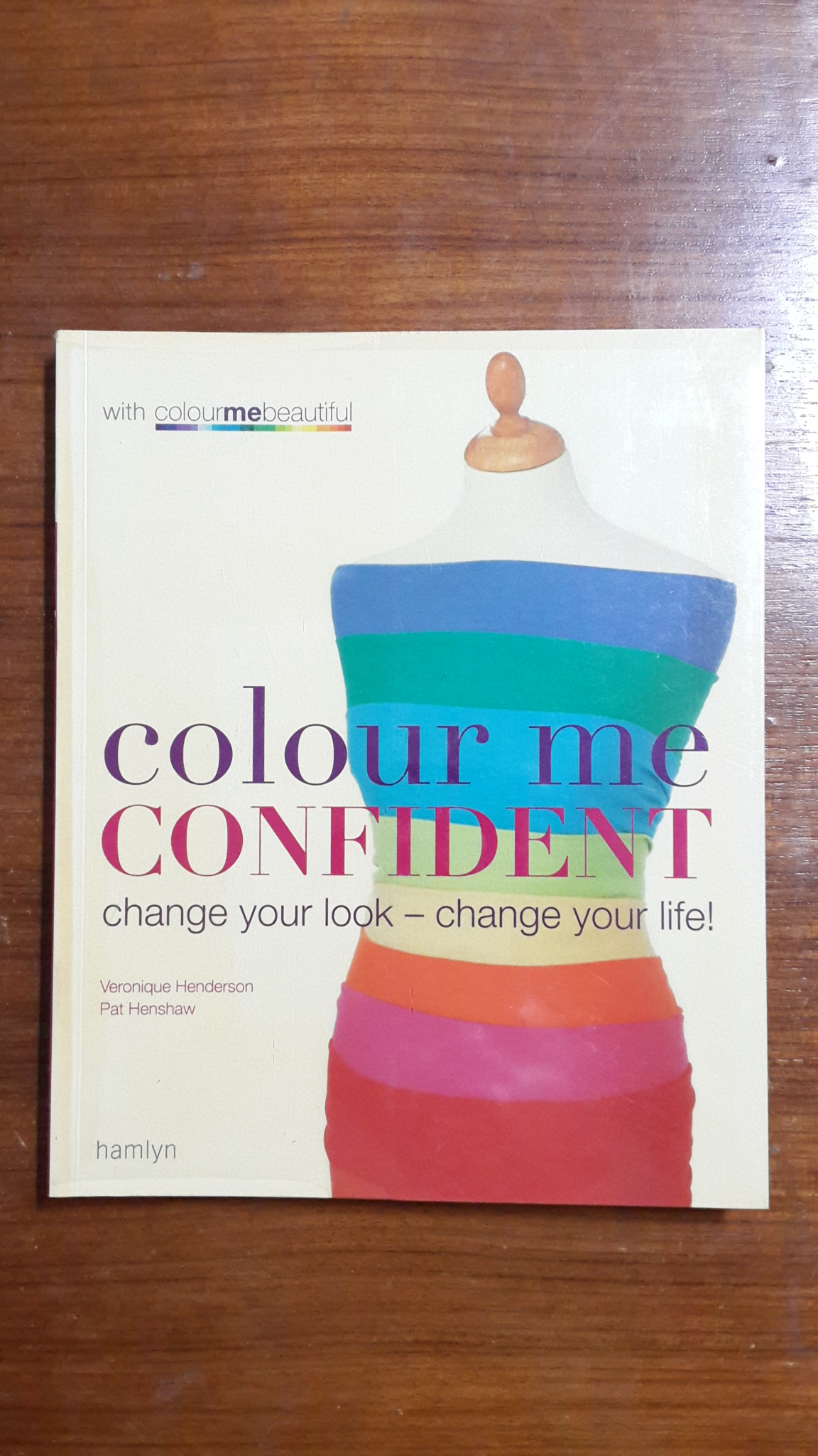 colour me CONFIDENT / hamlyn