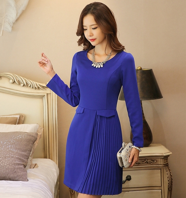 ชุดเดรสทำงานผู้หญิงสีน้ำเงิน แขนยาว กระโปรงด้านข้างอัดพลีทสวยเก๋ เนื้อผ้าดี เรียบร้อยสุภาพ สวย ดูดี ราคาถูก