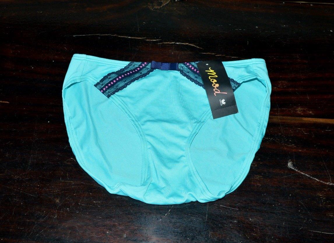 กางเกงใน Wacoal Mood Size L