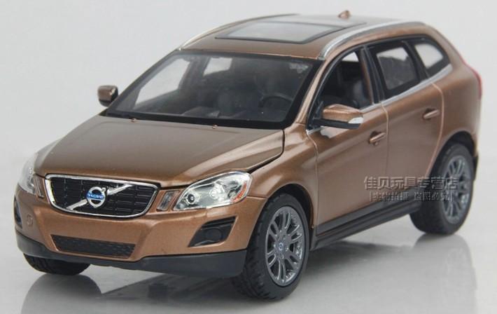 พร้อมส่ง โมเดลรถเหล็ก โมเดลรถยนต์ Volvo XC60 1:24 สเกล สีทอง มี โปรโมชั่น