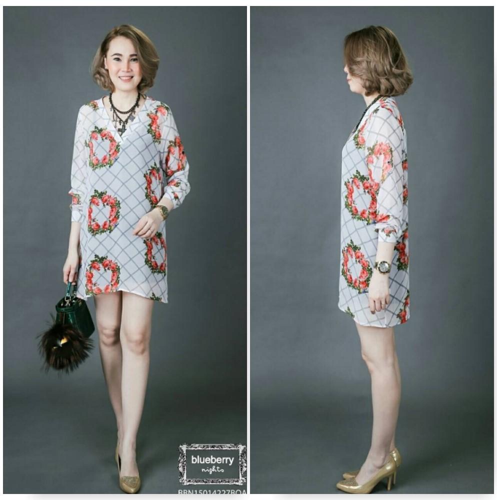 """รหัส BLDR1195 **พื้นขาวดอกส้ม** รอบอก 42"""" เสื้อยาวชีฟองทูนิคโอเวอร์ไซส์ ลายช่อดอกไม้ (bouquet) คอลเลคชั่นสุดหรู สไตล์ดีแอนจี พื้นขาวดอกส้ม"""
