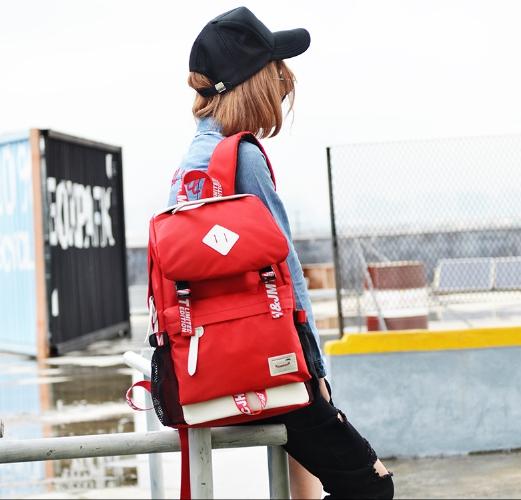 กระเป๋าเป้แฟชั่น MCJH MIKE DESIGNS (สีแดง)
