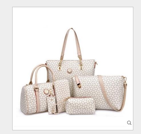 กระเป๋าแฟชั่น ชุดเซ็ต 6 ใบ สวยคุ้ม หนัง PU อย่างดี พิมพ์ลายสมอสวยเก๋ ตอบโจทย์ทุกการใช้งาน ทรงสวย 3 สี ครีม ชมพู น้ำตาลเข้ม