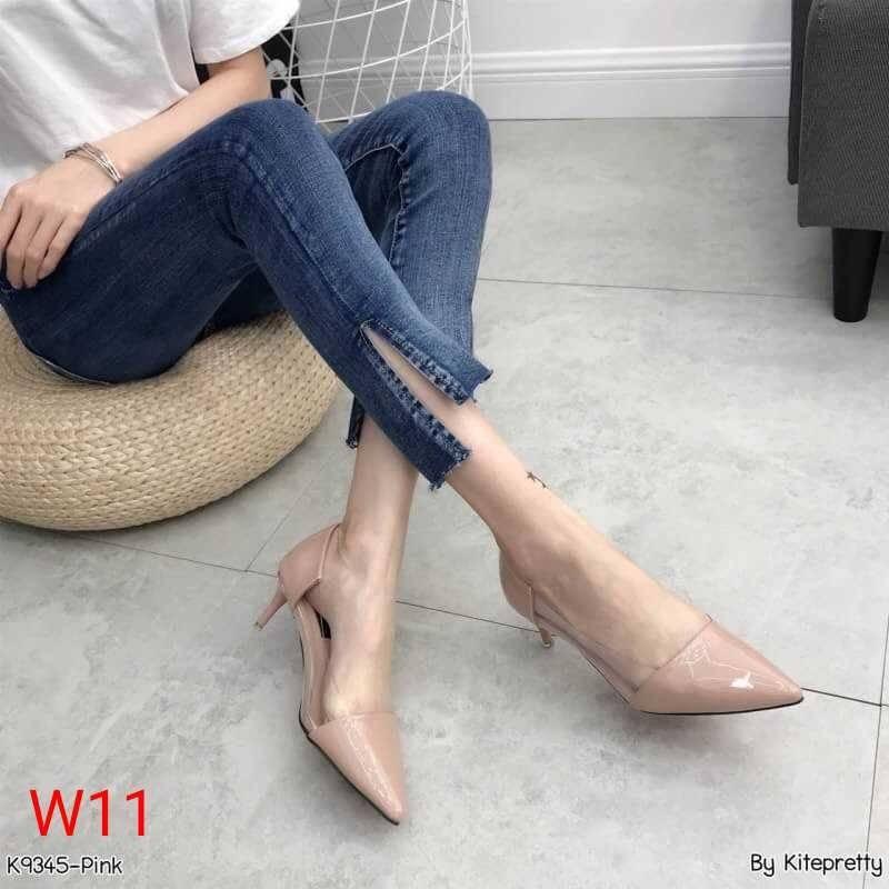 รองเท้าคัทชู ส้นเตี้ย หนังเงาแต่งพลาสติกใสนิ่มด้านข้างสวยเรียบเก๋มีสไตล์ ทรงสวย หนังนิ่ม สูงประมาณ 2 น้ิ้ว ใส่สบาย แมทสวยได้ทุกชุด (K9345)