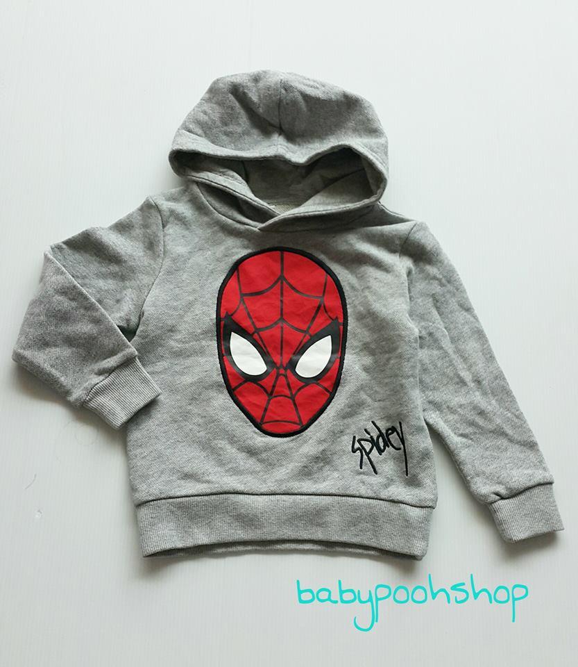 H&M : เสื้อคลุมแบบสวมมีฮูด สกรีนลาย spiderman สีเทา (ด้านในเป็นผ้าเกล็ดปลา ไม่หนามาก) **งานแท้ ตัดป้าย** Size : 1.5-2y / 4-6y