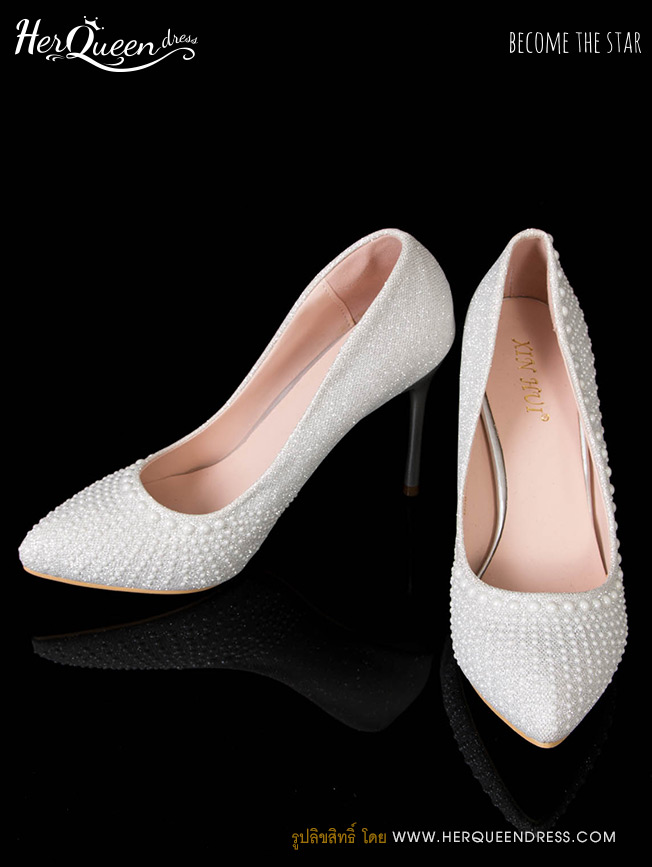 เช่ารองเท้า &#x2665 รองเท้าส้นสูง 3 นิ้ว เกล็ดสีเงิน แต่งมุกขาว