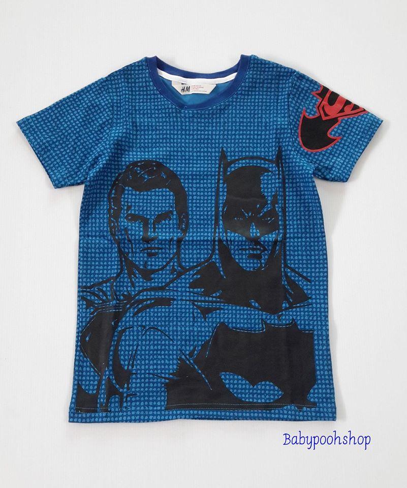 H&M : เสื้อยืด ลาย Batman&Superman สีน้ำเงิน size : 6-8y