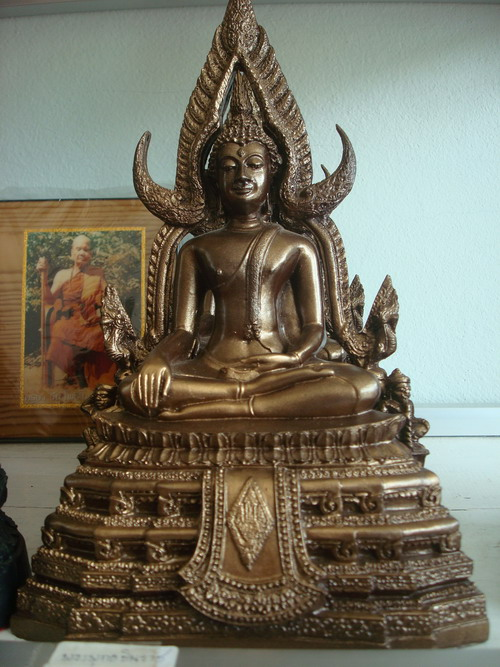 พระพุทธชินราชแร่เหล็กน้ำพี้5นิ้ว