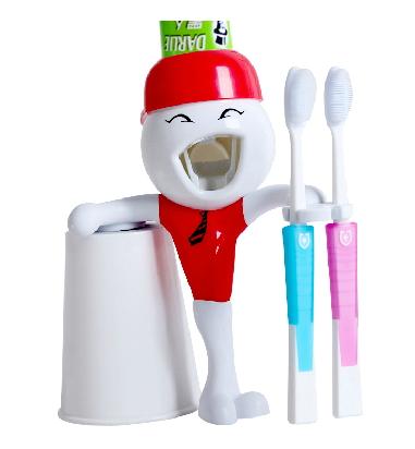 ตุ๊กตาบีบยาสีฟัน MR.Q
