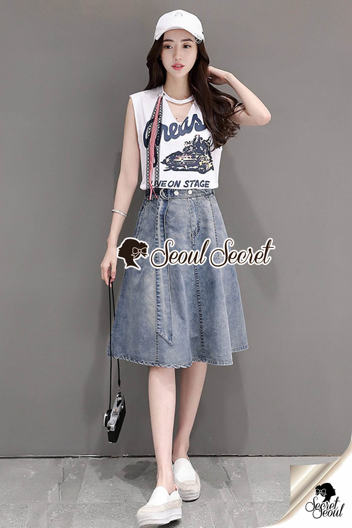Seoul Secret Say's... Nifty Grease Live On Stage Print Denim Skirt Set