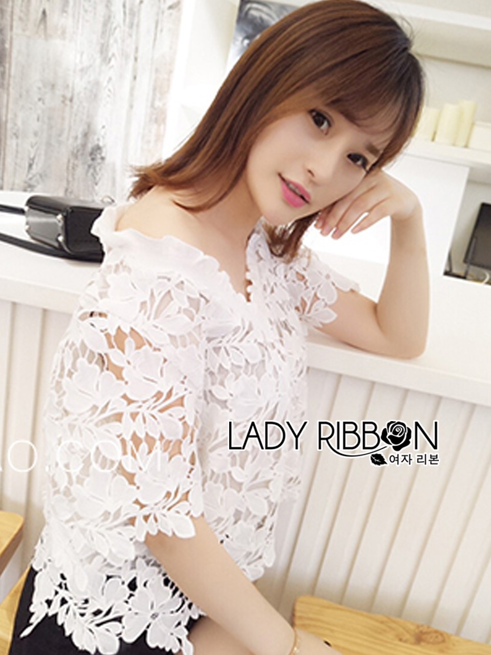 &#x1F380 Lady Ribbon's Made &#x1F380 Lady Gabby Sweet Feminine Guipure Lace White Cropped Top