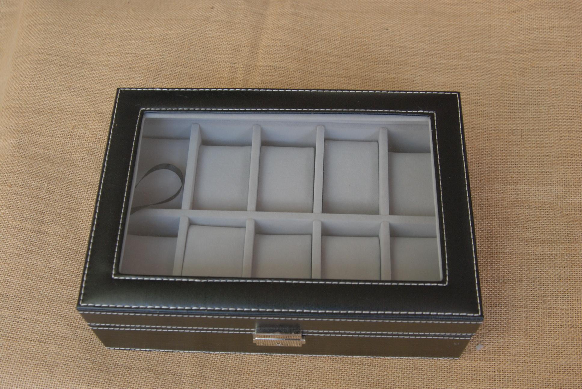 กล่องหนังเก็บนาฬิกา 10 เรือน บุกำมะยี่