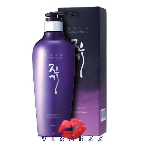 (ขายส่ง 360.-) Daeng Gi Meo Ri Vitalizing Shampoo 300mL แชมพูสูตรพรีเมี่ยม อุดมไปด้วยสารสกัดจากต้นตำรับยาจากเกาหลีสูตรเข้มข้น