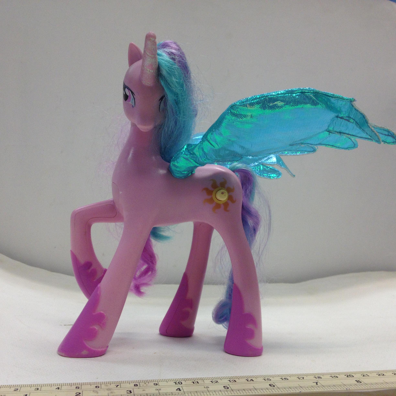 ม้า Pony สีม่วงมีปีก