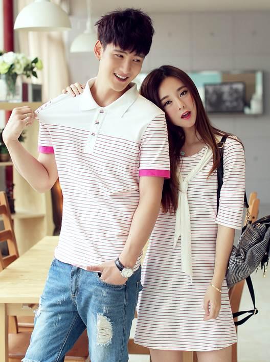 เสื้อคู่รัก ชายเสื้อเชิ๊ตลายขวาง หญิงเดรสลายขวางแต่งผูกคอเสื้อ