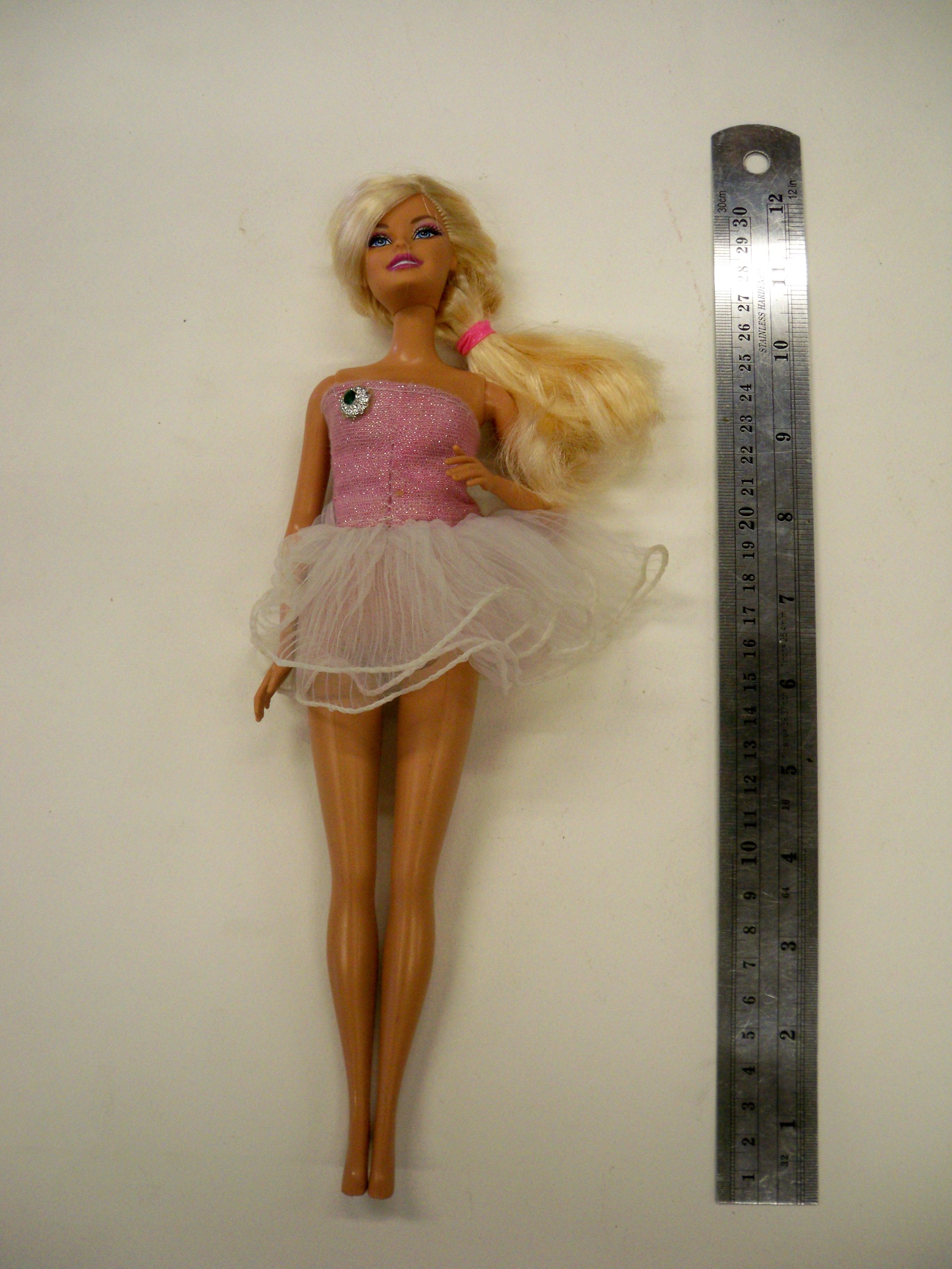 ตุ๊กตาบาร์บี้ 10