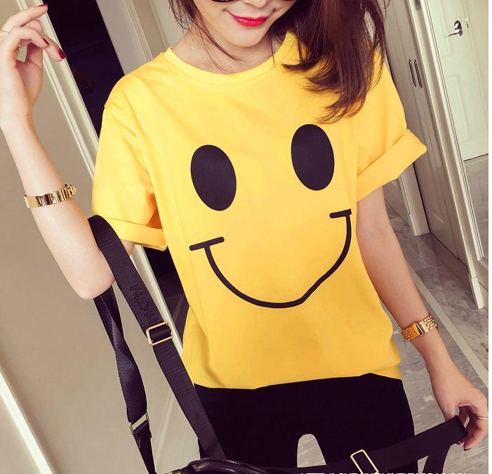 เสื้อแฟชั่น คอกลม แขนสั้น ลาย smile สีเหลือง