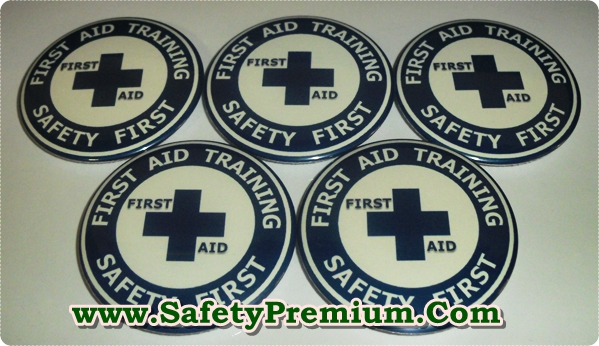 เข็มกลัด First Aid Training สีน้ำเงิน