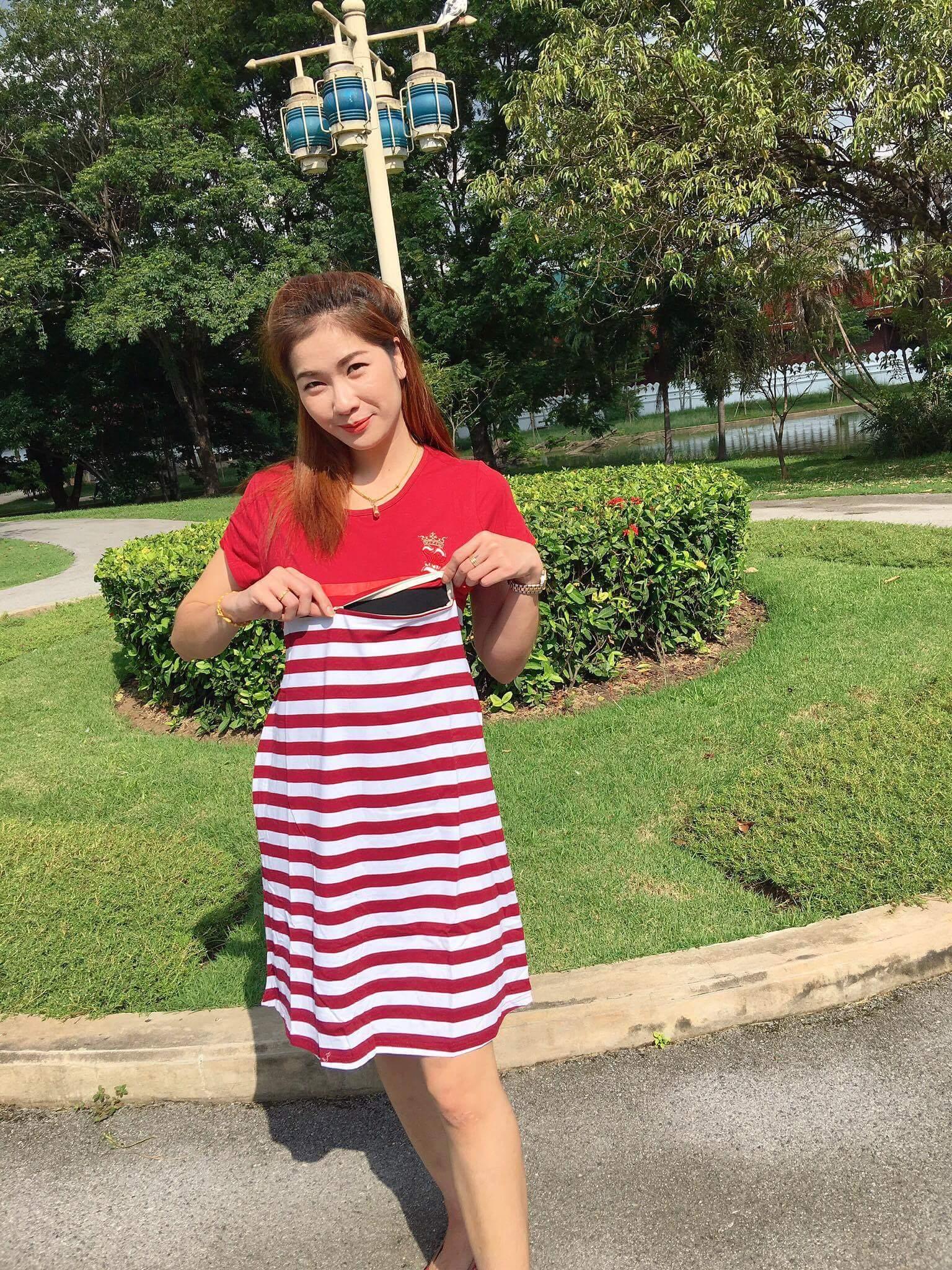 ชุดคลุมท้องผ้ายืดสีแดงสลับขาว ชุดให้นมได้ค่ะ ใส่สวย ผ้าดีงาม พร้อมเชือกผูกหลัง
