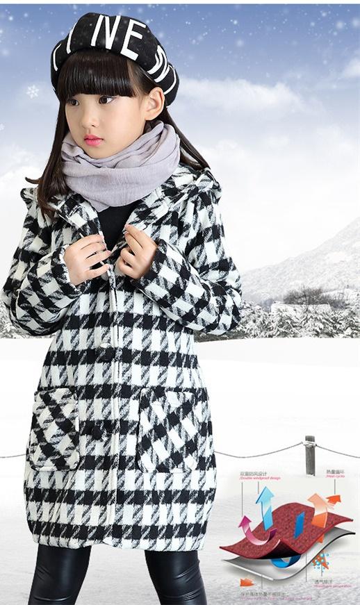 C111-86 เสื้อกันหนาวเด็กลายสก๊อตสีดำขาว ตัวยาว บุซับในผ้าร่มทั้งตัว เหมาะกับอากาศเย็นสบายๆ 12-15 องศา สีสวย ผ้านิ่ม กระเป๋าหน้า2ด้าน มีฮูทหลัง size 120-160 พร้อมส่ง